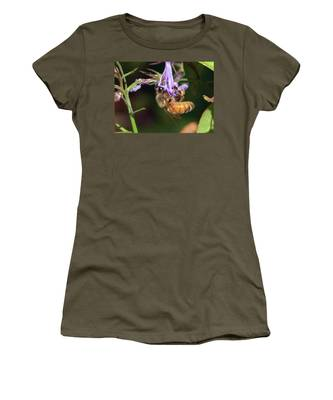 Bee With Flower Women's T-Shirt