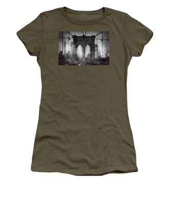 Women's T-Shirt featuring the photograph Brooklyn Bridge Snow Day by Chris Lord