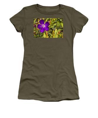 Flowers Love Water Women's T-Shirt