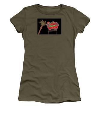 Pink Elephant Car Wash 36 X 24 Women's T-Shirt