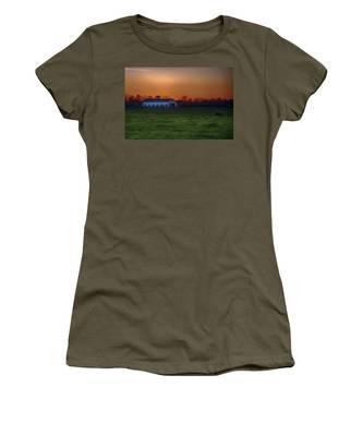 Walmac Farm Ky  Women's T-Shirt