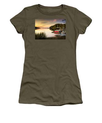 Sunset In Centerport Women's T-Shirt