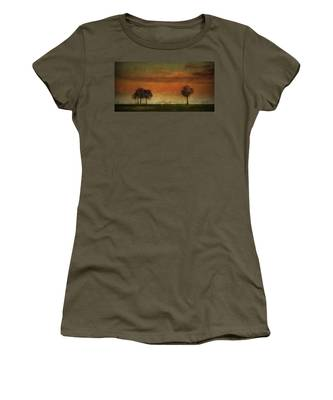 Sunset Over The Country Women's T-Shirt