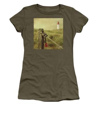 To The Lighthouse Women's T-Shirt