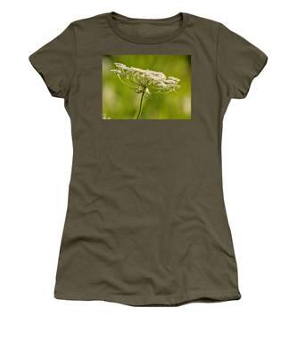 Lacy White Flower Women's T-Shirt