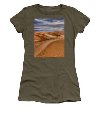 Lines To Infinity Women's T-Shirt