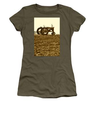 Old Tractor I In Sepia Women's T-Shirt