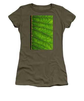 Poinsettia Leaf IIi Women's T-Shirt