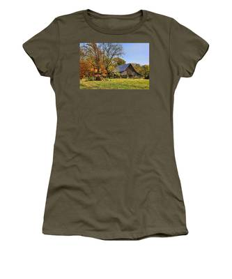 Country Barn And A Pink Flamingo By H H Photography Of Florida Women's T-Shirt