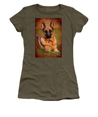 German Shepherd Dog Portrait  Women's T-Shirt