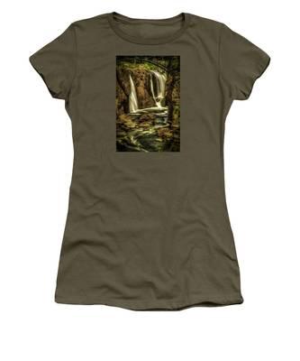 Great Falls Close Up Women's T-Shirt