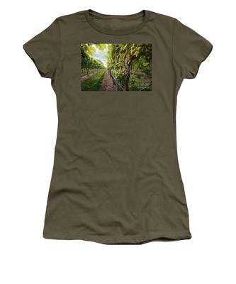 Harmony Vineyard Stony Brook New York Women's T-Shirt