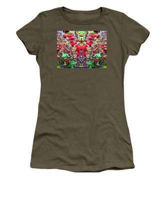 Rosehip Necklace Women's T-Shirt