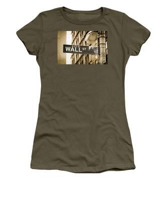 Women's T-Shirt featuring the photograph Wall Street by Juergen Held