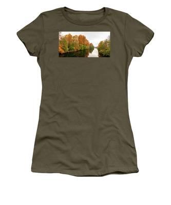 Courtenay River Fall Women's T-Shirt