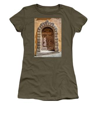 Door Thirty Two Of Tuscany Women's T-Shirt