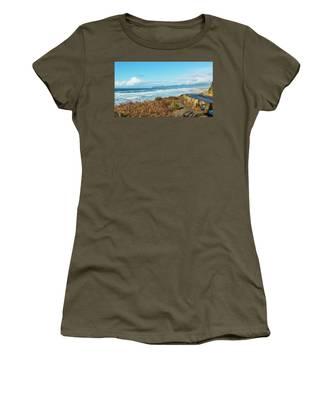 Driving The Oregon Coast Women's T-Shirt