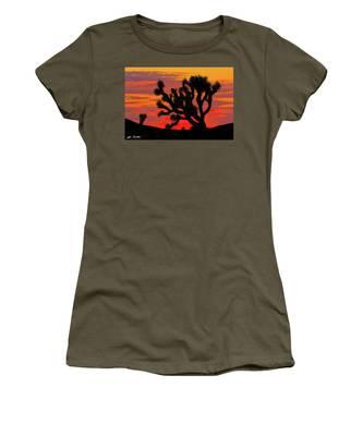Joshua Tree At Sunset Women's T-Shirt