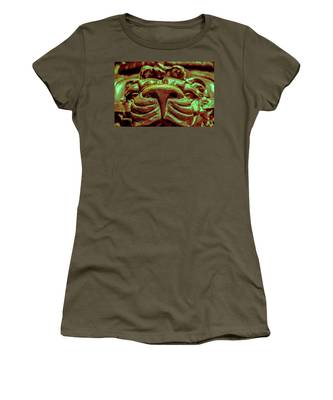 Lion Women's T-Shirt