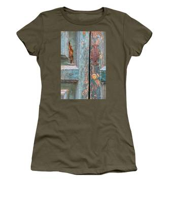 Rustic Green Door Of Cortona Women's T-Shirt