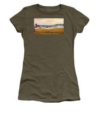 Sunrise On The Farm Women's T-Shirt