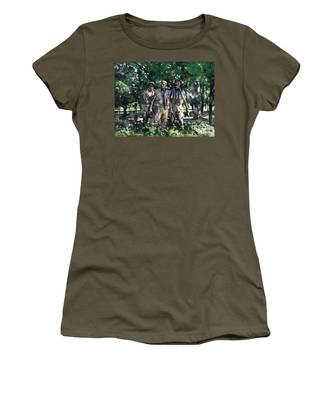 Vietnam Veteran Memorial Women's T-Shirt