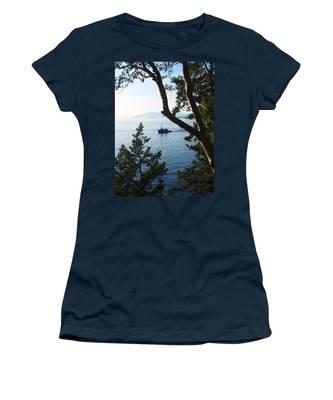 Tugboat Passes Women's T-Shirt