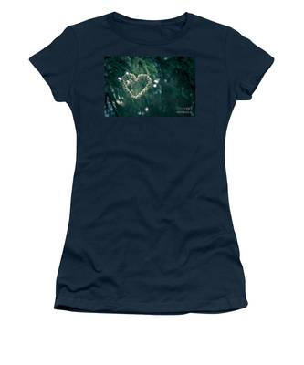 Valentine's Day In Nature Women's T-Shirt