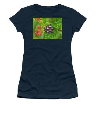 Wild Blackberries Women's T-Shirt