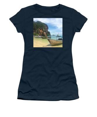 Restaurant Women's T-Shirts