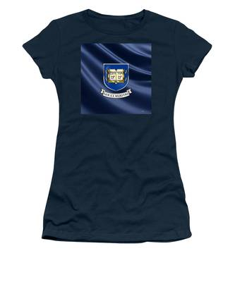 College Women's T-Shirts