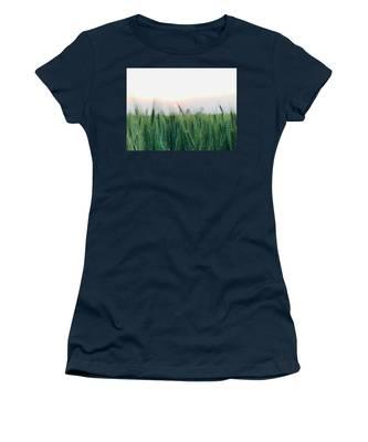 Scenery Women's T-Shirts