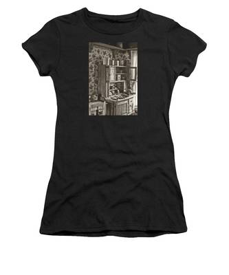 1800s Kitchen Women's T-Shirt