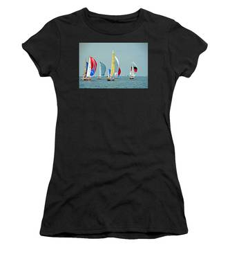 Praeceptor, Traitor, Contender, Its A Zoo, And Mystery Women's T-Shirt