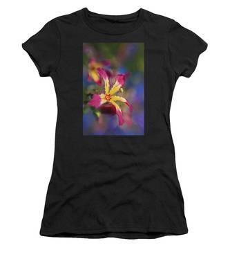 Bloomin Hong Kong Orchid Women's T-Shirt