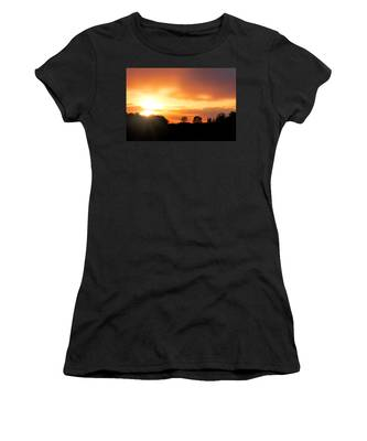 Country Sunset Silhouette Women's T-Shirt