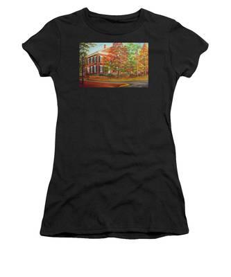 Dahlonega's Gold Museum In Autumn Women's T-Shirt