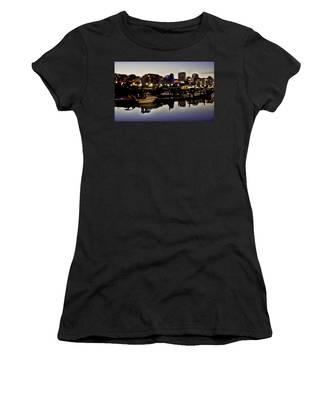 Foss Waterway At Night Women's T-Shirt
