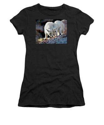 Lean On Me Women's T-Shirt