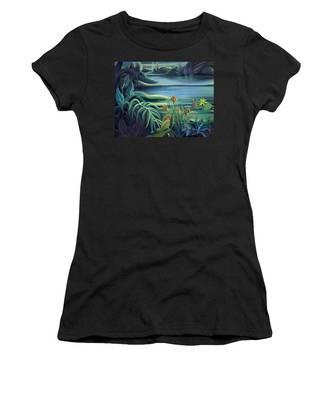 Mural Bird Of Summers To Come Women's T-Shirt