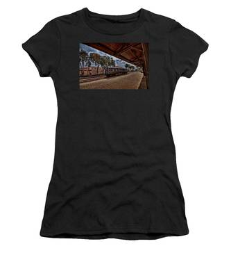 platform view of the first railway station of Tel Aviv Women's T-Shirt