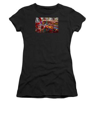 Scharfs Bomb Cadi Ultima Suprema Deluxa Interior Graffiti Women's T-Shirt