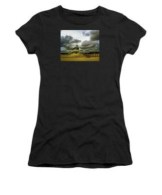 House At The End Of The Road Women's T-Shirt