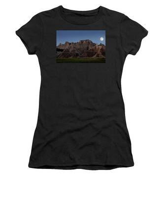Women's T-Shirt featuring the photograph Badlands Moon Rising by Jemmy Archer
