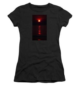 Burnt Orange Sunrise Women's T-Shirt