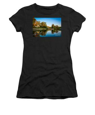 Centerport Harbor Autumn Colors Women's T-Shirt