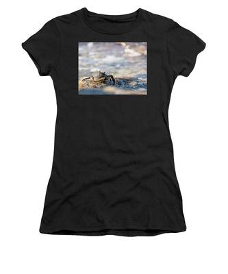 Crab Looking For Food Women's T-Shirt