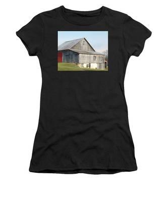 Rustic Barn Women's T-Shirt