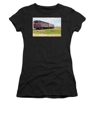 Heading To Town Women's T-Shirt