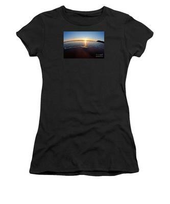 Heart Shape Wave Women's T-Shirt
